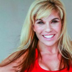 Amanda Mittleman signs publishing deal